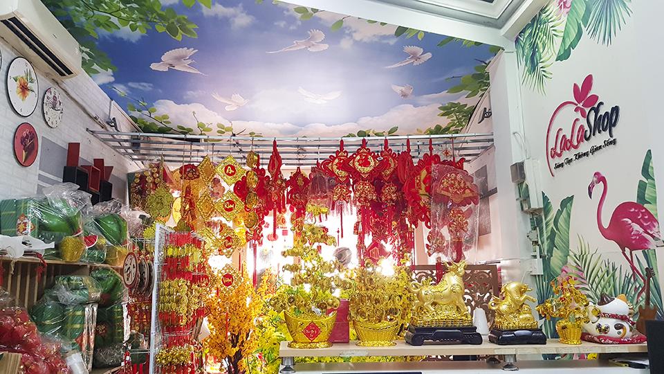 Lala Shop chuyên bán decal và đồ trang trí Tết uy tín tại Tphcm