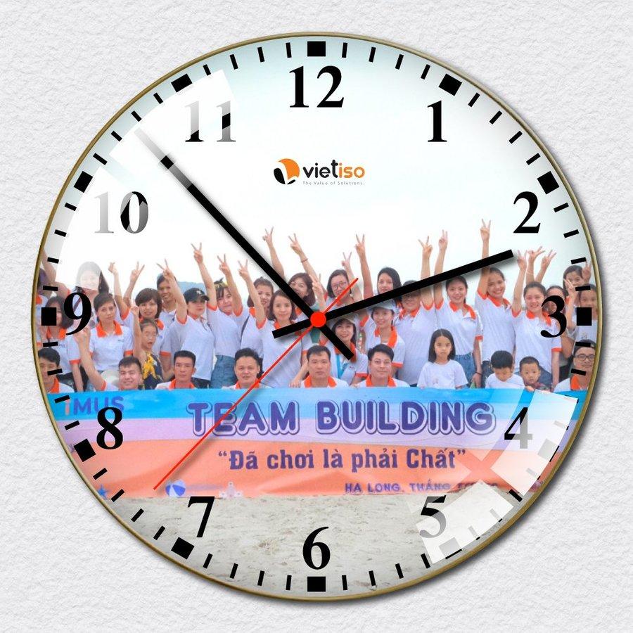 lala shop nhận đặt in logo và thiết kế đồng hồ treo tường theo yêu cầu kích thước lớn