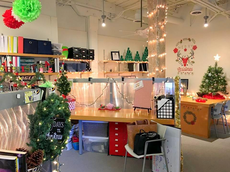 10 ý tưởng trang trí noel cho cửa hàng cực đẹp và hút khách 2020